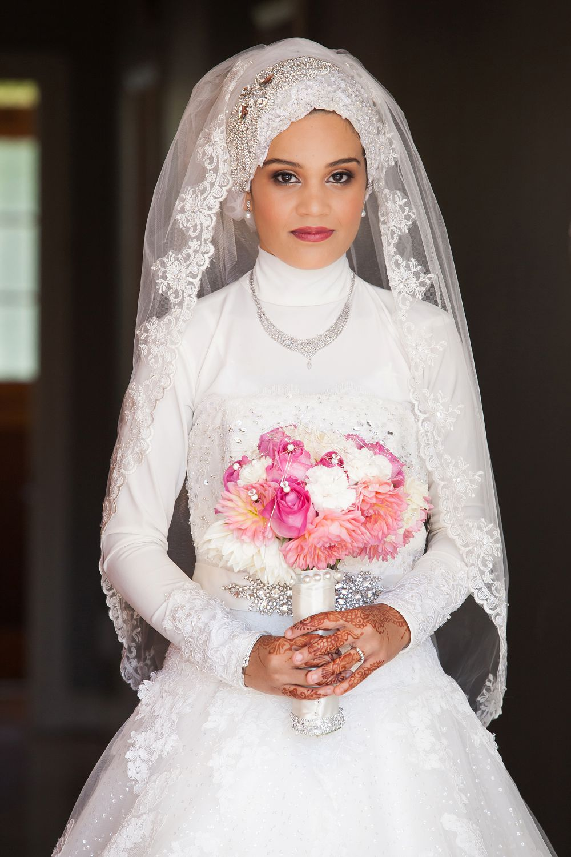 bride getting ready cape town muslim wedding photographer