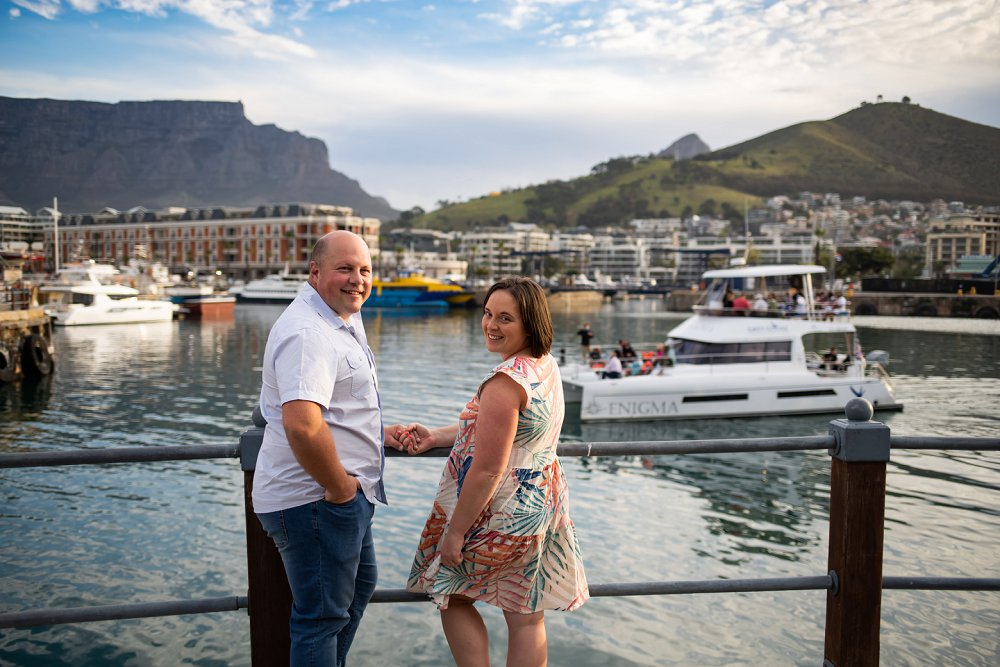 Cape Town couple shoot Victoria and Alfred Waterfront Table mountain